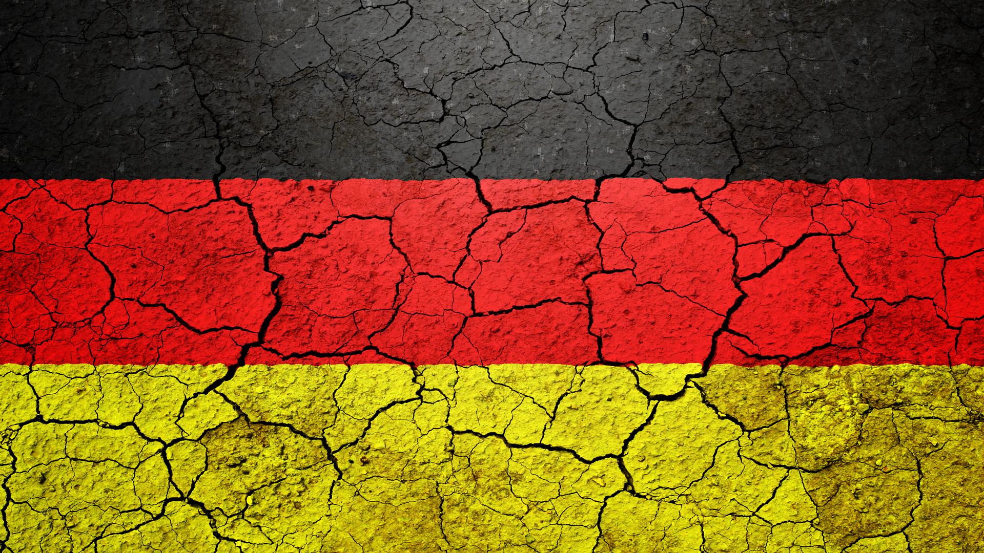 ひび割れたドイツ国旗 ひび割れたドイツ国旗 - 画像素材|ジーソザイ ひび割れたドイツ国旗の画像